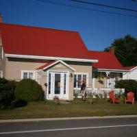 Hotel Pictures: Gîte Entre Baleine et Clocher, Baie-Sainte-Catherine