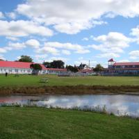 Hotel Pictures: The Waterfront Motel, Grand Barachois