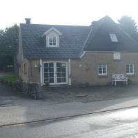 Hotel Pictures: Appartement Dorfstrasse, Glücksburg
