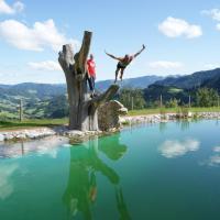 Hotel Pictures: Bio-Bauernhof Brückler, Laussa