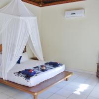 One-Bedroom Bungalow with Garden View