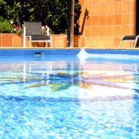 Hotel Pictures: Apartamentos Vilassar & Swimming pool, Vilassar de Mar