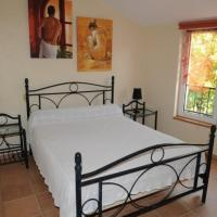 Hotel Pictures: Gîte aux Berges du Canal, Capestang