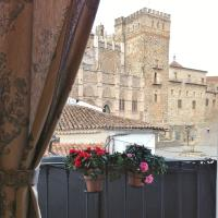 Hotel Pictures: Hostal Cerezo 2 Meson, Guadalupe