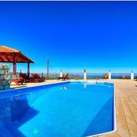 Hotel Pictures: Villa Heaven, Peristerona