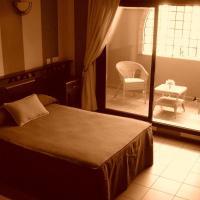 Hotel Pictures: Hotel El Cruce, San Jose de la Rinconada