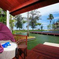 Villa with Private Pool - Lagoon View