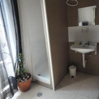 Double Room with Extra Bed and Shared Bathroom (3 Adults)