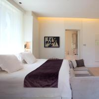 Double room (1 or 2 people)
