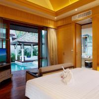 Villa with Private Pool - Garden View