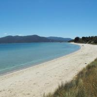 Hotel Pictures: Discover Bruny Island Holiday Accommodation, Alonnah