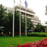 Hotel Pictures: Grand Hotel Kazanluk, Kazanlŭk