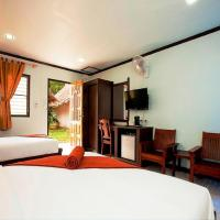 Deluxe Triple Room with Air-Conditioning