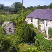 Two-Bedroom Cottage with Garden