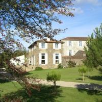 Hotel Pictures: Le Gite du Bourg, Saint-Florent-des-Bois