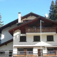 Hotel Pictures: Berghaus Schifer, Klosters Serneus