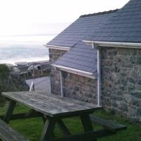 Cottage (2 Adults) with Sea Views