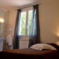 Hotel Pictures: Le Relais du l'Abéou Cadarache, Saint-Paul-lez-Durance