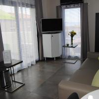 Studio with Terrace and Sea View