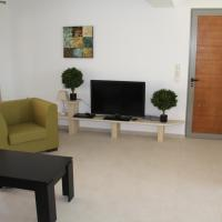 Deluxe Two-Bedroom Bungalow with Landscaped Roof Terrace, Sea and Pool View