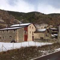 Hotel Pictures: Can Bertran, Fornells de la Muntanya