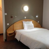 Hotel Pictures: Hôtel Saint Jean, Bourges