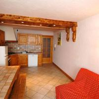 Two-Bedroom Apartment with Alcove (8 Adults)