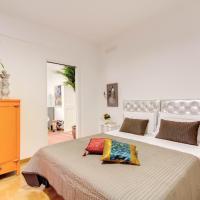 Three-Bedroom Apartment with Balcony 2° floor
