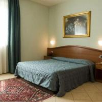 Single Room with French Bed