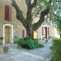 Hotel Pictures: Hostellerie Le Mirabeau, Peyrolles-en-Provence