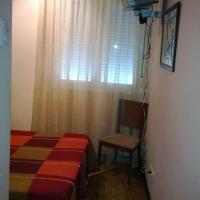 Hotel Pictures: Hostal Patrón, Castañares de Rioja