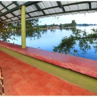 Elevated Deluxe Double or Twin Room with Lake View