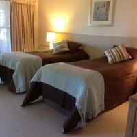 King or Twin Room with Mountain View