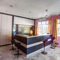 Five-Bedroom Villa with Fan