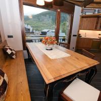Hotel Pictures: Casa Llop, Espot