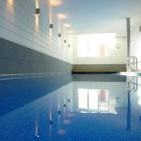 Hotel Pictures: Inblauw - Exclusive Wellness B&B, Leuven