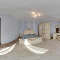 One-Bedroom Suite with Balcony