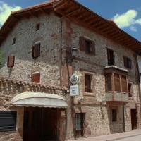 Hotel Pictures: Hostal Casa Masip, Ezcaray