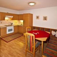 Two-Bedroom Apartment (2-4 Adults) with Balcony