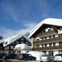 Hotel Pictures: Hotel Gasthof Tannberg, Schröcken