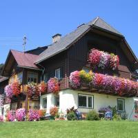 Hotel Pictures: Bauernhof Haim, Pichl bei Aussee