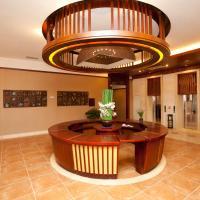Hotel Pictures: Kunming Maple Palace Hotel, Kunming