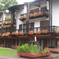 Hotel Pictures: Auf dem roten Fels, Eppenbrunn