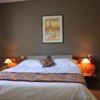Hotel Pictures: Logis Le Relais de Fusies, Lacaune