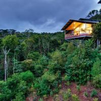 Hotel Pictures: O'Reilly's Rainforest Retreat, Canungra