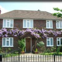 Hotel Pictures: Clay Farm Guest House, Bromley