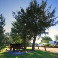 Hotel Pictures: Killarney View Cabins and Caravan Park, Killarney