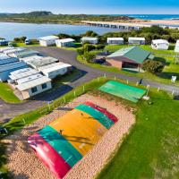 Hotel Pictures: Great Ocean Road Tourist Park, Peterborough
