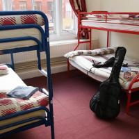 Bed in 4 Bed Mixed Dorm En Suite