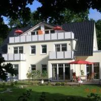 Hotel Pictures: Apartments Sonnendeck, Warnemünde